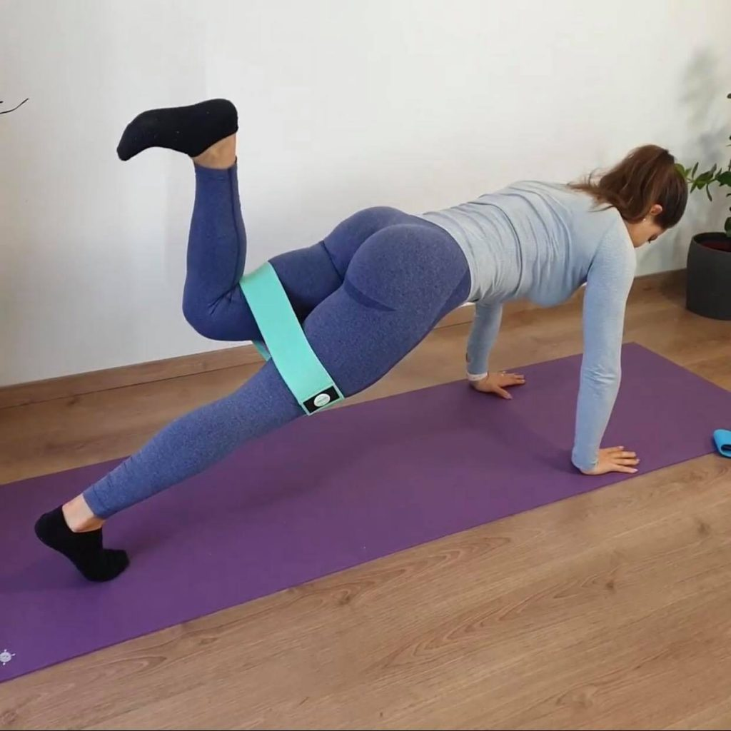 Fenék gyakorlat core izmok erősítése